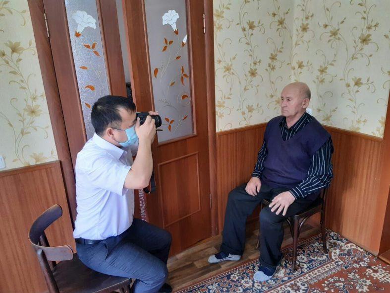 Получать государственные услуги на дому смогут казахстанцы старше 65 лет