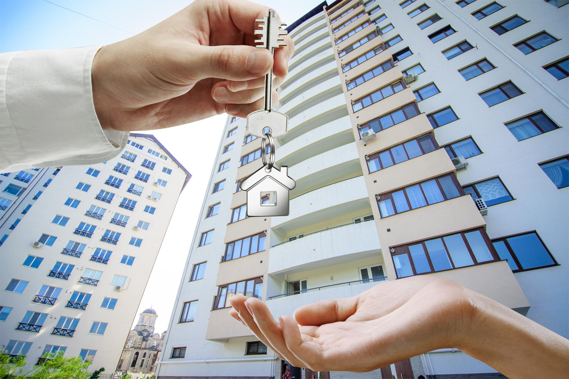 Токаев: Казахстанцы смогут использовать пенсионные накопления в 2021 году