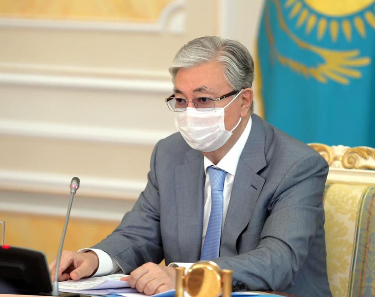 Три триллиона тенге: Токаев сделал заявление о пенсиях и пособиях